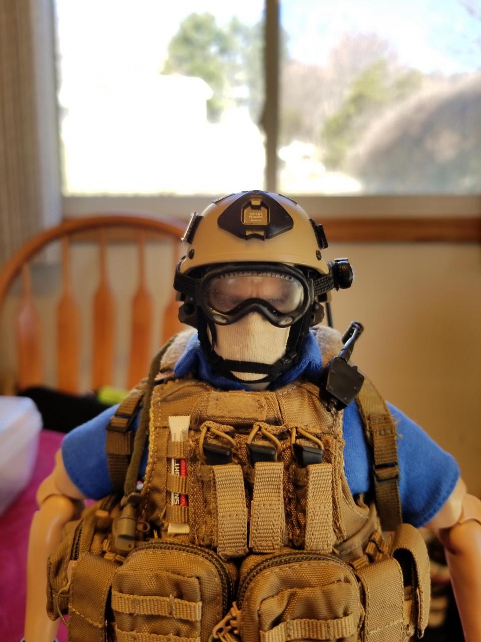 Modern Warfare 2 - Task Force 141 operative in urban wear (pic heavy)-1_-_uyrakcj[1]-jpg