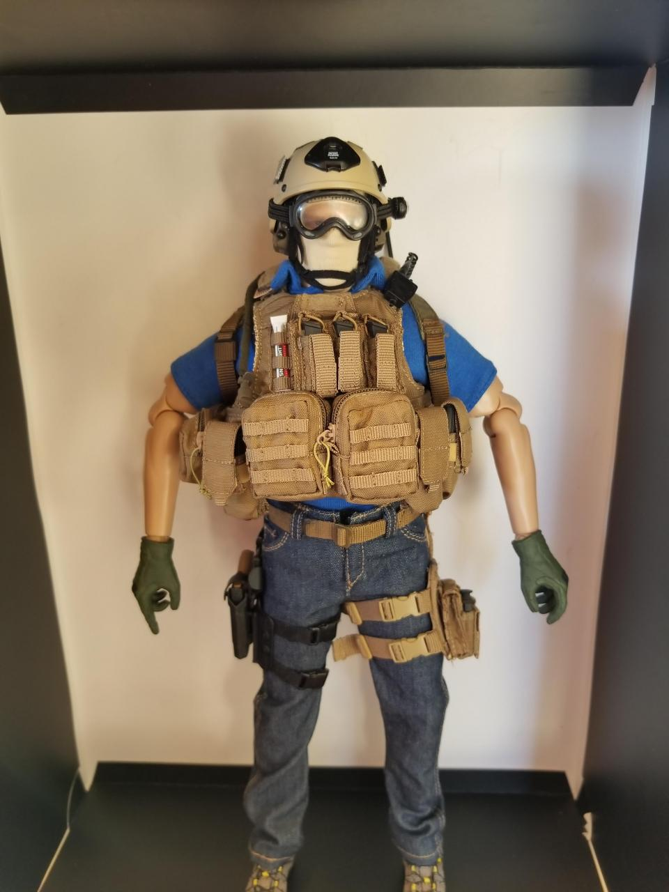 Modern Warfare 2 - Task Force 141 operative in urban wear (pic heavy)-3_-_rzcrz2c[1]-jpg