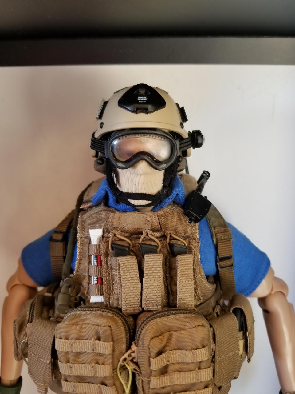 Modern Warfare 2 - Task Force 141 operative in urban wear (pic heavy)-4_-_dayl8uo[1]-jpg
