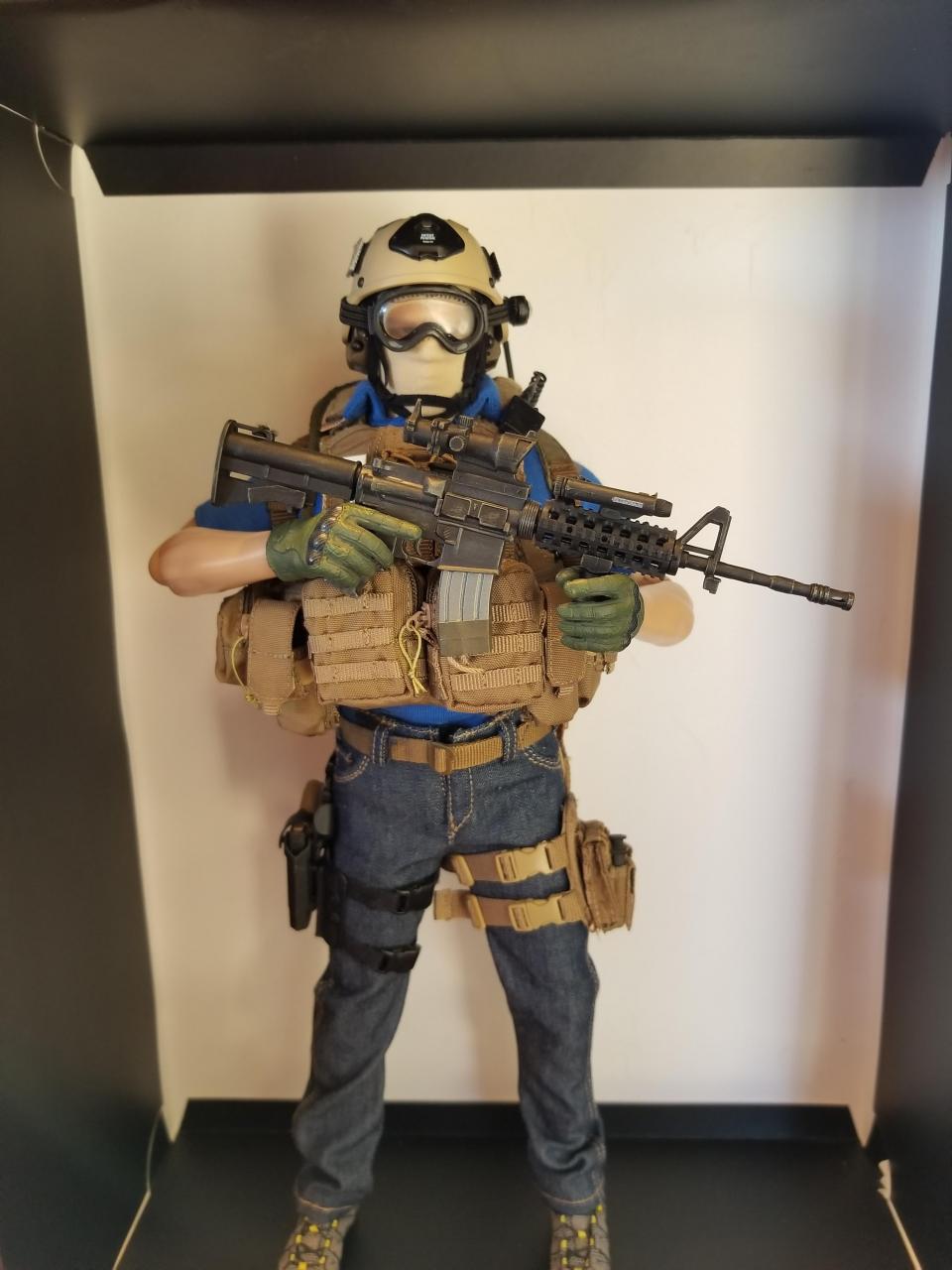 Modern Warfare 2 - Task Force 141 operative in urban wear (pic heavy)-9_-_kk8zwg6[1]-jpg