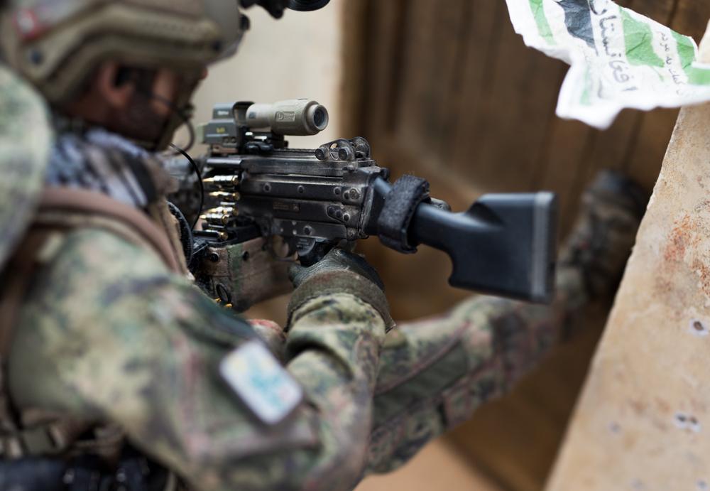 Diorama --- Navy Seal in action !!!-_dsc5456-jpg