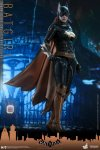 Hot Toys - BAK - Batgirl collectible figure_PR1.jpg