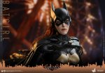 Hot Toys - BAK - Batgirl collectible figure_PR13.jpg